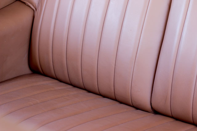 bentley-R-type-seats-detail-leather