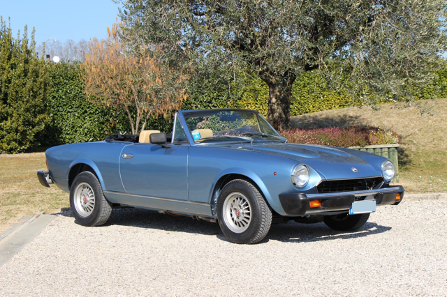 fiat-124-spider-nervesauto-olivotto-in-vendita-for-sale-0007