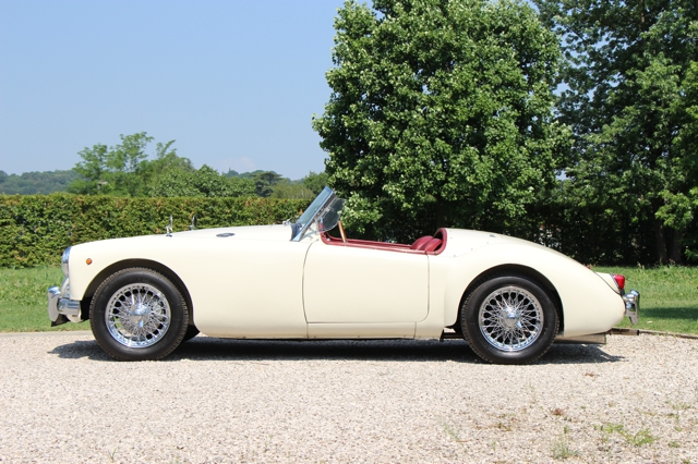 MGA-Roadster-1956-lhd-nervesauto-olivotto-in-vendita-for-sale-0027
