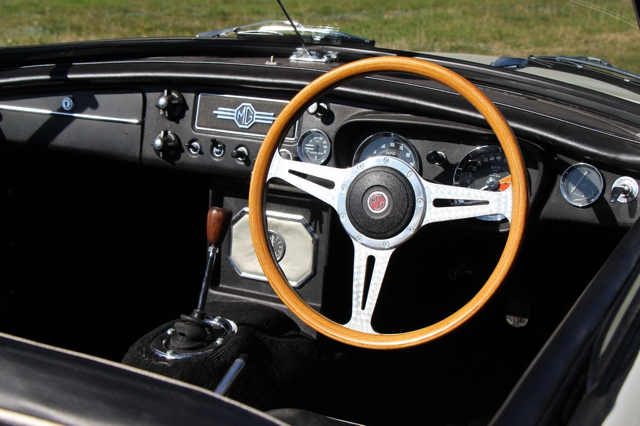 MGB-Roadster-1968-Old-English-white-in-vendita-for-sale-nervesauto-0008