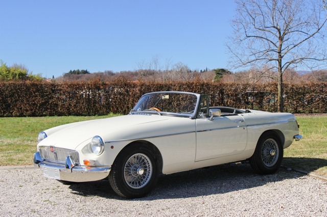 MGB-Roadster-1968-Old-English-white-in-vendita-for-sale-nervesauto-0011