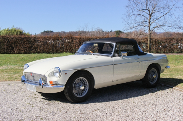 MGB-Roadster-1968-Old-English-white-in-vendita-for-sale-nervesauto-0018