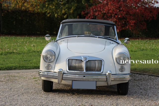MGA-Roadster-MKII-1962-lhd-left-hand-drive-guida-a-sinistra-Old-english-white-avorio-nervesauto-olivotto-in-vendita-for-sale-0001