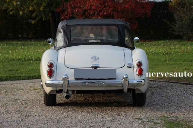 MGA-Roadster-MKII-1962-lhd-left-hand-drive-guida-a-sinistra-Old-english-white-avorio-nervesauto-olivotto-in-vendita-for-sale-0010