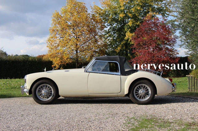 MGA-Roadster-1958-nervesauto-olivotto-in-vendita-for-sale-0003